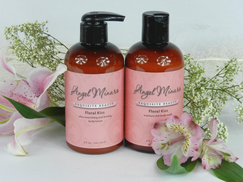 Floral Kiss bath set